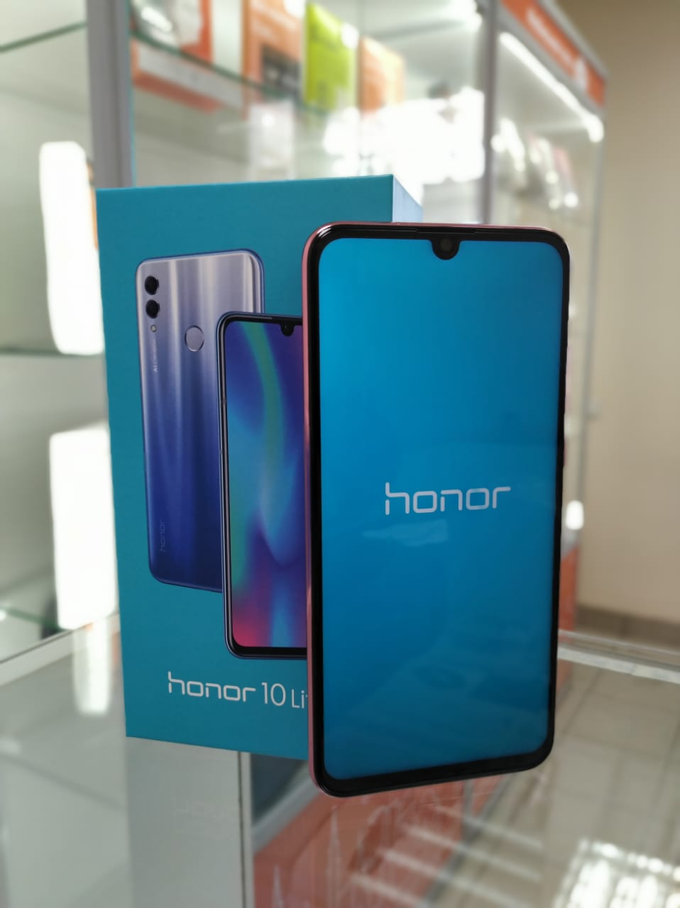 Honor 10 Lite Red дисплей